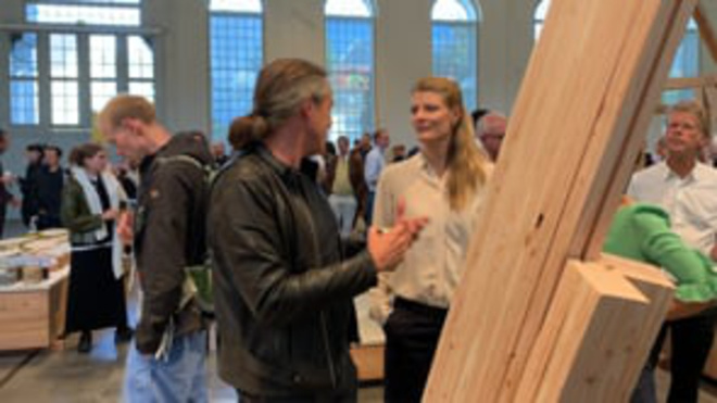 Uddannelses- og Forskningsminister Ane Halsboe-Jorgensen åbner udstillingen CLIMATEpå KADK