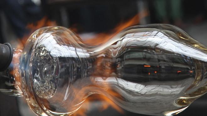 Kunsthåndværk - glas og keramik