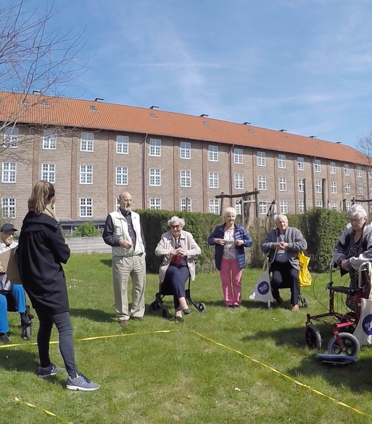 How To Design Spaces For People With >> Elderly People And Architects In Copenhagen Design Senior Friendly