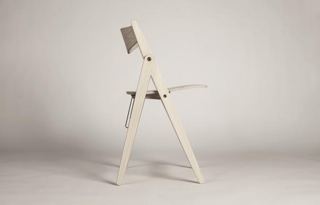 A Folding Chair | KADK